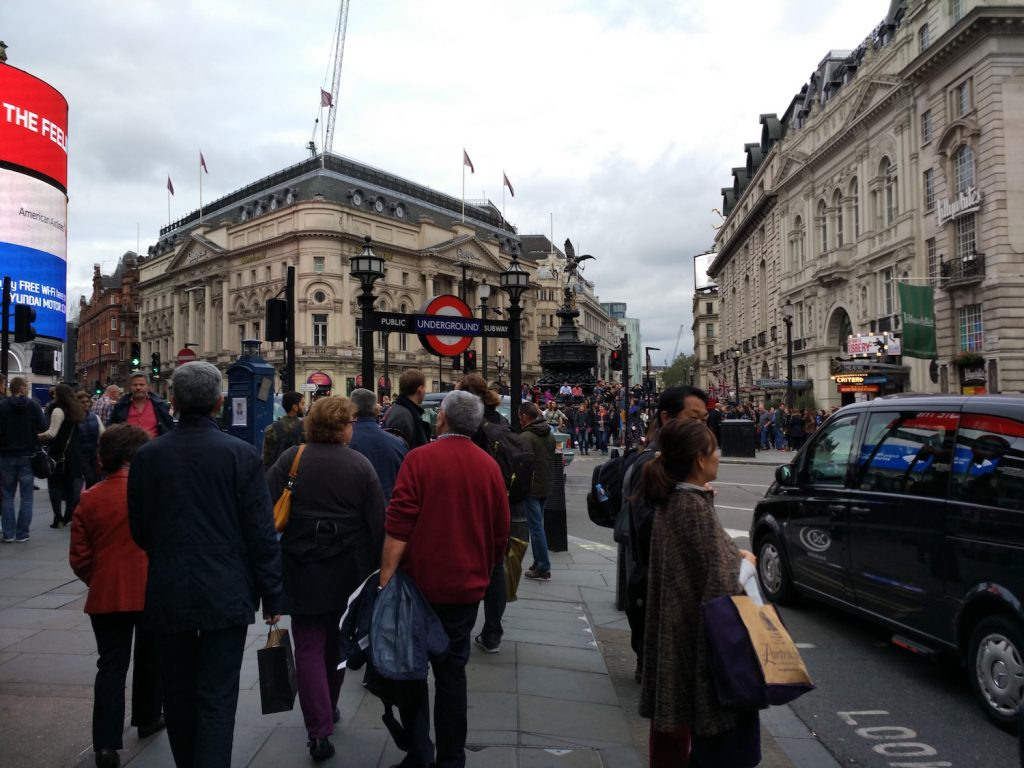 Piccadilly, so comfortable to walk and hang out, yet so crowded! (PS: I am pretty sure, this is the one appeared in Sherlock newest episode S4E2)